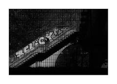 Click, obviously (tinlevla) Tags: streetphotography street xt3 fujifilm namur