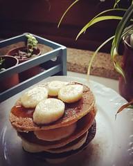 O domingo começa melhor com panquecas   #autumn2019🍂 #november2019 #weekend🎆🎉 #sunday #goodmorning #myrecipe📝 #healthychoices #egg #oatmealflour #coconut #vegetabledrink #banana🍌 #cinnamon #honey🍯 #pancake (Isabel Aragão Oliveira) Tags: myrecipe cinnamon egg behappybehealthy oatmealflour weekend november2019 goodmorning yum healthychoices top honey fitgirl homesweethome lactosefree banana homemade sugarfree pancake makesomeonehappy vegetabledrink coconut sunday continentebioaveia vital autumn2019