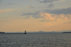 Lighthouse at sunset (radargeek) Tags: burlington vt vermont 2019 july lighthouse sky sunset clouds lakechamplain waterfrontpark