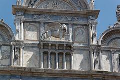 Venice, Italy (wildhareuk) Tags: canon canoneos500d church italy tamron18270mm venice venice2019 artwork marble statue tamron wingedlion img0065dxo