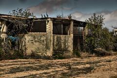 jlvill  244  Deterioro y abandono rural..😟. (jlvill) Tags: abandonos deterioros degeneracion olvido campo rural ruinas
