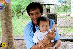 Father & daughter, Laos (Uralistan.roadtrip) Tags: laos tradition culture voyage travel travelling traveling voyager asia asie asiedusudest southeastasia portrait people famille family children father enfant bébé papa père laotian laotien