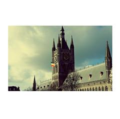 • numbers • zahlen • getallen • ( ■ 7 2  ) (japanese forms) Tags: ©japaneseforms2019 日本フォーム 1111 belgië belgien belgique belgium flag getallen lestweforget numbers strasenfotografie straatfotografie streetphotography vlaanderen vlag wwi zahlen armisticeday