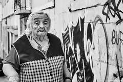 Frau (rainerneumann831) Tags: bw blackwhite street streetscene ©rainerneumann urban monochrome candid city streetphotography blackandwhite frau portrait lisboa lissabon