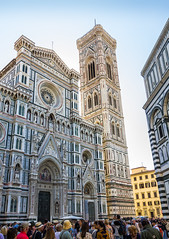 Italy - Firenze - Cathedral (Marcial Bernabeu) Tags: marcial bernabeu bernabéu europe europa italy italia firenze florence florencia toscana cathedral cattedrale catedral duomo fiore maria maría architecture people gente travel viajar turism arquitectura tower torre marc