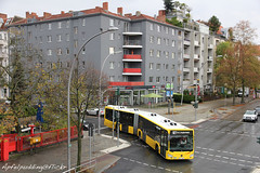 Bunte Buswelt - Berlin (apfelpudding) Tags: vbb berlinerverkehrsbetriebe bvg berlin bus autobus omnibus linienbus gelenkbus c2 citaro2 mercedesbenzcitaro2 mercedesbenz öpnv nahverkehr publictransport urbanmobility