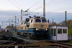 P1970462 (Lumixfan68) Tags: eisenbahn loks baureihe 218 dieselloks conny db regio westfrankenbahn deutsche bahn drehscheibe