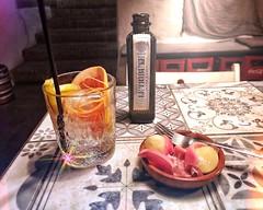 Gin & tapas at La Taperia, Frigiliana (Ian, Bucks) Tags: gin drink alcohol bar tapas food spain tonic bottle glass
