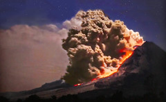 Sicily - Volcanic eruption with important lava flow (Jacques Rollet (little available)) Tags: volcan lave lava night volcano volcaniceruption groupenuagesetciel