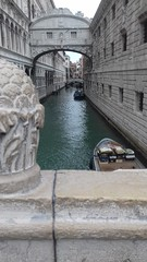 20170213_094557 (racheldufour1999) Tags: italia italie venise venizia history pontdessoupirs bridge pont soupirs