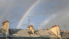 Back in town (Tchitcho's) Tags: roofs rainbow paris