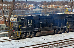 NYSW 3042 (Erie Limited) Tags: emd gp40 nysw susquehanna nysw3042 ridgefieldparknj train railfan railroad