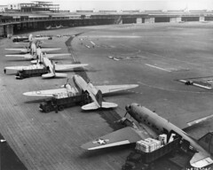 Bilstein_00016   Douglas C-47 Skytrains at Templehoff during Berlin Airlift (USAAF) (San Diego Air & Space Museum Archives) Tags: airforce usaf coldwar berlin airlift douglas c47 berlinairlift armyairforce templehoff