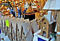 Small houses at the Manchester Christmas Markets 2019 (Tony Worrall) Tags: manchester greatermanchester festive christmas annual event festival welovethenorth nw northwest north update place location uk england visit area attraction open stream tour country item greatbritain britain english british gb capture buy stock sell sale outside outdoors caught photo shoot shot picture captured ilobsterit instragram toys models snow houses made homes dailyphoto photohour