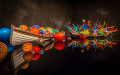 Chihuly Garden and Glass - Seattle, WA (Bela Lindtner) Tags: seattle washington unitedstatesofamerica lindtnerbéla belalindtner nikon d7100 nikond7100 nikkor 1020mm nikkor1020mm nikon1020mm uwa chihulygardenandglass interior inside glass art usa colours colors reflection