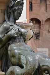 Lactating nereid (Thomas Roland) Tags: lactating nereid fountain neptune piazza del nettuno europe europa italy italia italien sommer summer nikon d7000 travel rejse bologna square springvand city by stadt