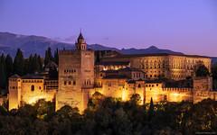 La Alhambra (ricardocarmonafdez) Tags: granada alhambra arquitectura architecture sunset atardecer monumento monument light color lighting cielo sky nikon d850 24120f4gvr ricardocarmonafdez ricardojcf
