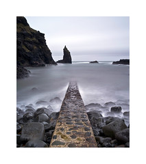 Portcoon Jetty on a cloudy afternoon (Christian Seifert) Tags: giants causeway portion jetty northern ireland sea waves water long exposure rocks storm windy medium format pentax 645d