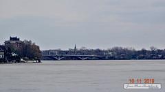 Pont Viau vue de l'ile Perry, 10 nov. 2019 (Jean-Marc Hurtubise) Tags: ile perry montreal novembre 2019 train paysage pont riviere eau ruines