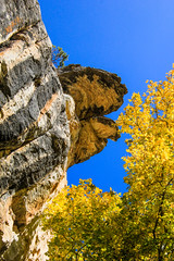 Cliffs and Colors (Buck--Fever) Tags: arizona arizonaskies earthnaturelife northernarizona northkaibabnationalforest kaibabplateau castlesprings arizonafallcolors fallcolors cliffs canon60d tamron18400lens nature landscape bluesky