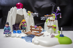 crystalcave_13 (AgeOwns.com) Tags: playmobil crystal princess castle frozen playset toy