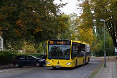 Ruhrbahn 1733 | Ottostraße, Essen (schmidtkemper) Tags: mercedes grosstadt cobblestone herbst strase gelenkbus citaro
