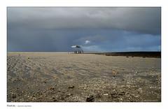 Le grain n'est pas loin (Bruno-photos2013) Tags: océan plage orage mer eau water charentemaritime aquitaine fouras paysagemaritime paysage landscape carrelet