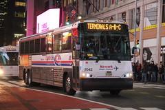 IMG_1207 (GojiMet86) Tags: njt jersey transit coach usa nyc new york city bus buses 2017 d4500ct 17042 newark liberty airport express 42nd street broadway