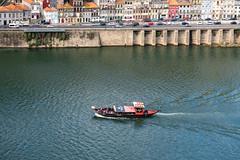 86902-Porto (xiquinhosilva) Tags: 2018 douro flickrsync:perm=public oportowine porto portugal river wine vilanovadegaia