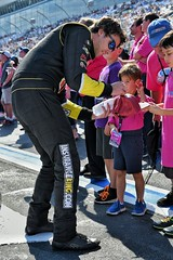 Josh Bilicki meeting kids (Insurance_King) Tags: insurance king nascar fan experience httpswwwinsurancekingcom wwwinsurancekingcom