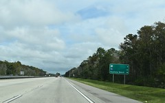 DeLand, FL- I-4 (jerseyman65) Tags: florida freeways roads routes interstates flroutes flroads flstateroads sunshinestate fl centralfl centralflorida expressways signs guidesigns highways flhighways flstateroutes mileagesigns