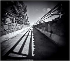 Fotografía Estenopeica (Pinhole Photography) (Black and White Fine Art) Tags: fotografiaestenopeica pinholephotography lenslesscamera camarasinlente lenslessphotography fotografiasinlente pinhole estenopo estenopeica stenopeika sténopé kodsakbw400cnexp2007 kodakd76 sanjuan oldsanjuan viejosanjuan puertorico bn bw niksilverefexpro2 lightroom3