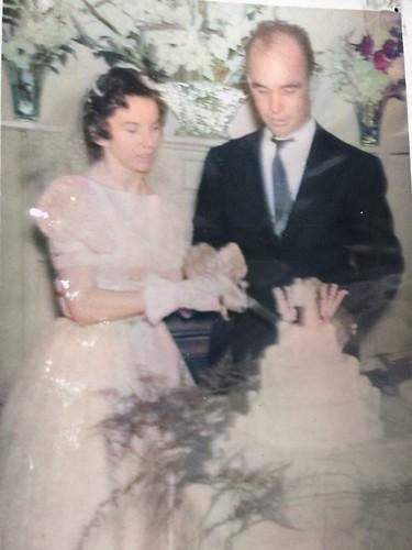 mom_dad_wedding_color