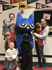 "Family with Pete the Cat at Spooky Reading Night • <a style=""font-size:0.8em;"" href=""http://www.flickr.com/photos/109120354@N07/49052431621/"" target=""_blank"">View on Flickr</a>"