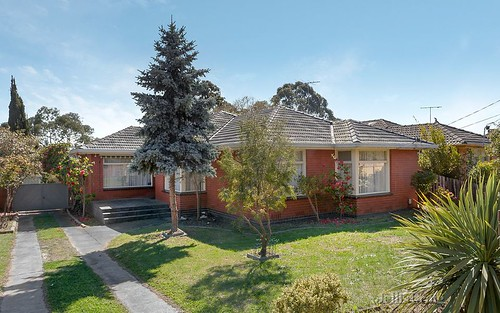 5 Lewton Rd, Mount Waverley VIC 3149