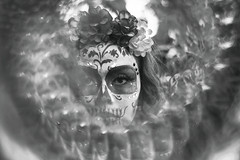 Sueño de Una Tarde Dominical en Barrio Antiguo [B (Charlie Gza) Tags: méxico canon canon6d catrina katrina travel travelphotography photography portrait retrato eyes colors 50mm 6d creative ideas eos prism photo portraitphotography bw blackandwhite bwphotography