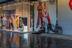 Antwerp colours III (jefvandenhoute) Tags: belgium belgië antwerp antwerpen rain colours city