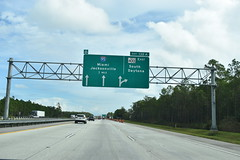 Volusia County, FL- I-4 (jerseyman65) Tags: florida freeways roads routes interstates flroutes flroads flstateroads centralfl centralflorida expressways exits interchanges sunshinestate fl flhighways flstateroutes interstateends signs guidesigns overheadsigns overheadgantries gantries highways