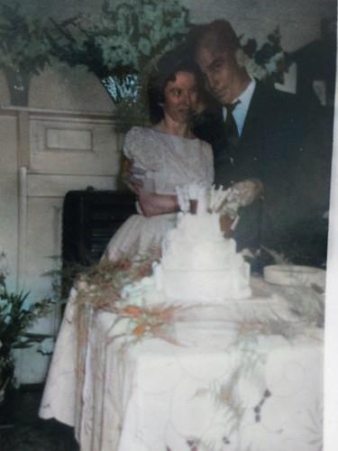 mom_dad_wedding_extralarge