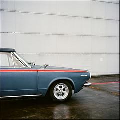 The Thin Red Line - Kodak Ektar 100 (magnus.joensson) Tags: sweden swedish skåne september car american rolleiflex carl zeiss tessar 75mm kodak ektar 100 exp 6x6 medium format c41 americana