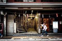 広島流川からお好み村ーFrom Nagarekawa Street to Okonomi Mura Town, Hiroshima City (kurumaebi) Tags: hiroshima 広島市 fujifilm フジフイルム 富士 広島 富士フイルム xt20 流川 お好み村 street japan city 街