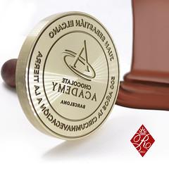 SELLO PARA CHOCOLATE (www.omellagrabados.com) Tags: sello para marcar chocolate royallacre royal lacre sellos de wwwroyallacrecom