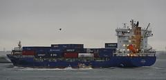 EXPANSA & KRVE 58 (kees torn) Tags: hoekvanholland europoort containerschepen krve58 roeiers crewtender expansa nieuwewaterweg