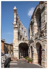 Arena (Aeschbacher Hilde) Tags: italien verona arena toskana