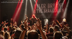 Tyler Bryant & The Shakedown plus support: Outside Revelation