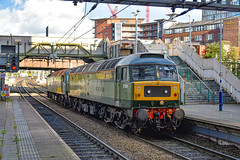 47501 + 47810 - Manchester Victoria - 24/10/19. (TRphotography04) Tags: locomotive services twotone br green 47810 crewe diesel depot 47501 craftsman pass through manchester victoria 0k21 1252 from york parcels sidings holding