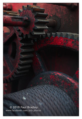 Gears (ScudMonkey) Tags: copyrightc2019 paulbradley gears machine drum cable winder red old worn heritage helios 442 vintage 50mm canon 5dmkiv paddyshole teesmouth southgare