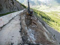 Region 5 - 2017.06.21_Excavating Wall M-06-E (coloradodotphoto) Tags: region5 colorado cdot dot retainingwall safety danger hazard caution us 550