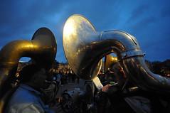 Hélicons dans le crépuscule (jeangrgoire_marin) Tags: band brass helicon fanfare music musician twilight twilightzone