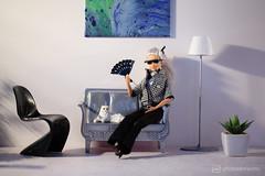 icons (photos4dreams) Tags: karllagerfeld dead died tot gestorben photos4dreams p4d photos4dreamz canoneos5dmark3 barbie doll puppe mattel tribute choupette cat katze designer mode fashion high vogue en bw sw
